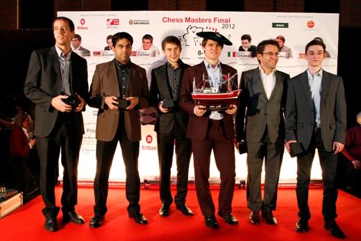 Свен Ма́гнус Ээн Ка́рлсен / Sven Magnus Øen Carlsen Bilbao-Final-Masters-2012-Group-photo