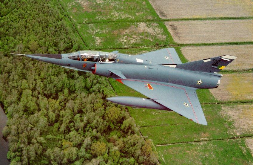 Le Mirage 2000 - Page 2 III%20DBR%204906