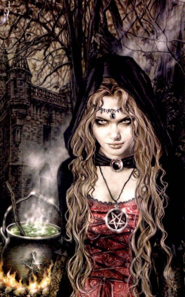 ვამპირები – მითი თუ რეალობა? Women-from-love-to-vampires-04