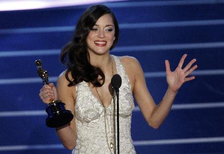 Tomorrow is Oscars!!! 000d60aa06df092c7b4c5f