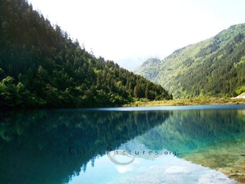 Mirror Lake Jiuzhaigou-valley-mirror-lake-40129102438361