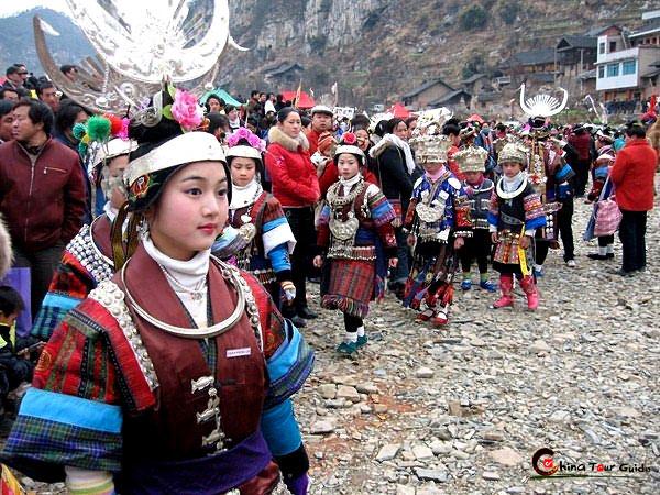Narodna Republika Kina - Page 5 Hrc_guizhou_zhouxi_lusheng_festival