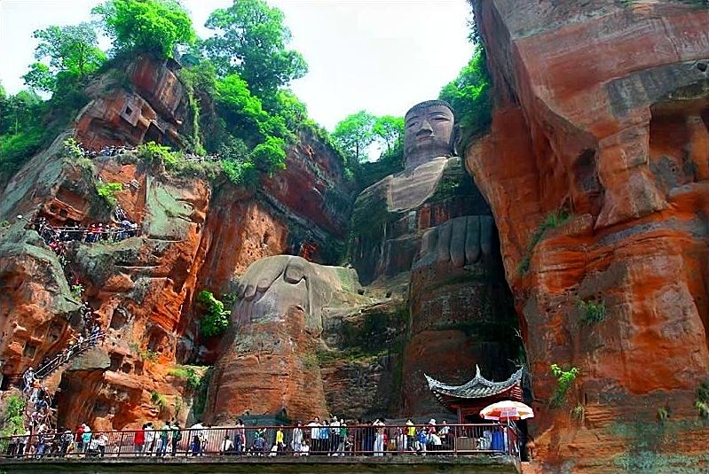 Statue koje oduzimaju dah Leshan-Buddha-Bengchye-Loo