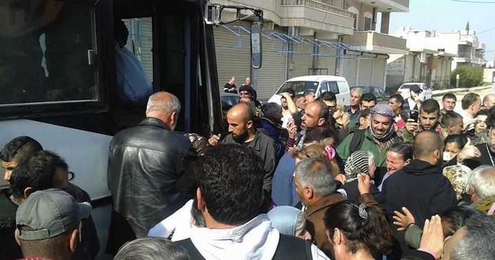 Syrie : l'État Islamique relâche 37 otages chrétiens 20151107054948