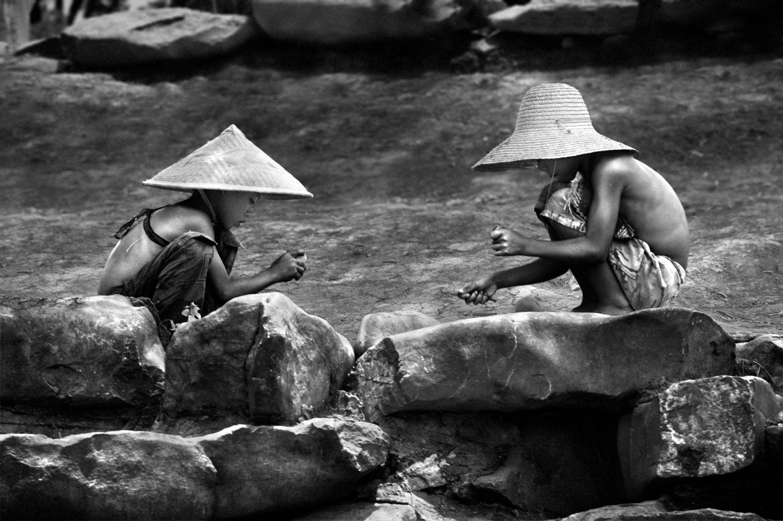 Pêle-mêle...  - Page 2 Chine-les-freres-du-guangxi