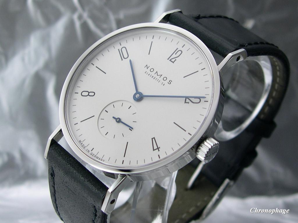 Débutant en montres, cherche conseils 08_nomos_tangente_03