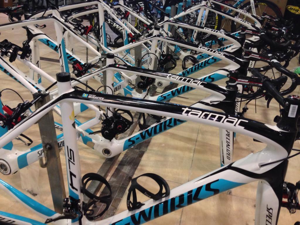 Equipamientos 2014 Astana-bicis-14