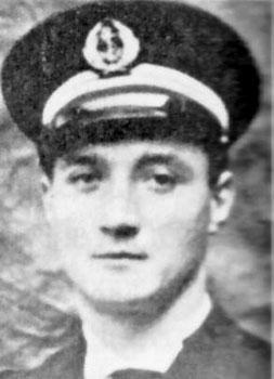 Lieutenant de vaisseau Antoine LAURENT Laurent_antoine