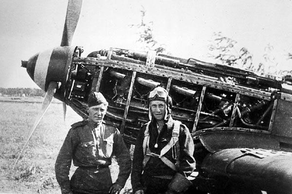 Le yak-9D de Jacques de sazint Phalle maquette au 1/48 Saint_phalle