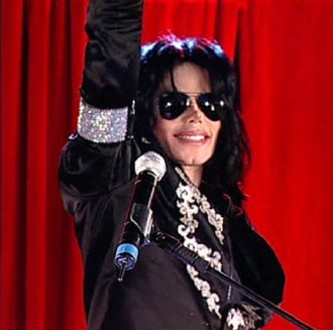 [RUMOR] MJ temeva di essere ucciso durante i concerti di Londra - Pagina 2 This-is-it-jackson