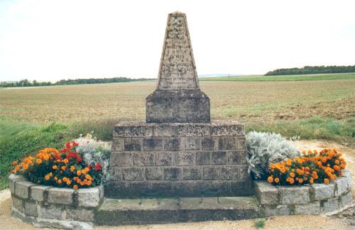 Monument à la 69e Division d'Infanterie à Cormicy (51) Cormicy_mnt_01