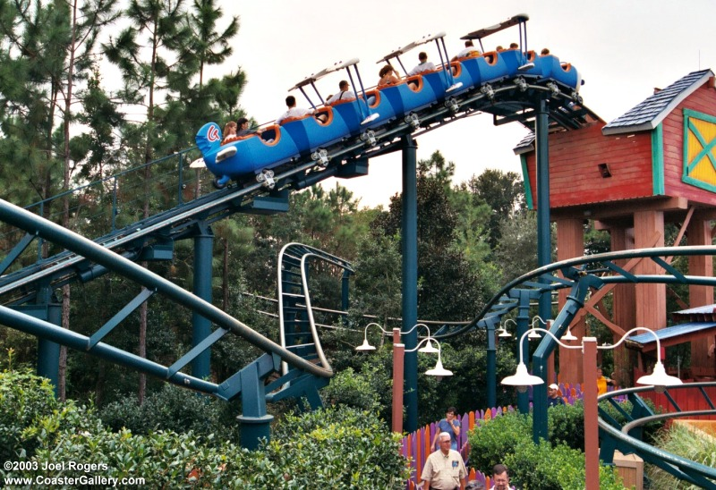 visite du Disney world magic Kingdom Barnstormer7