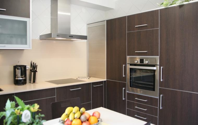 Choix du matériau pour des meubles de cuisine Cusines_tb_41