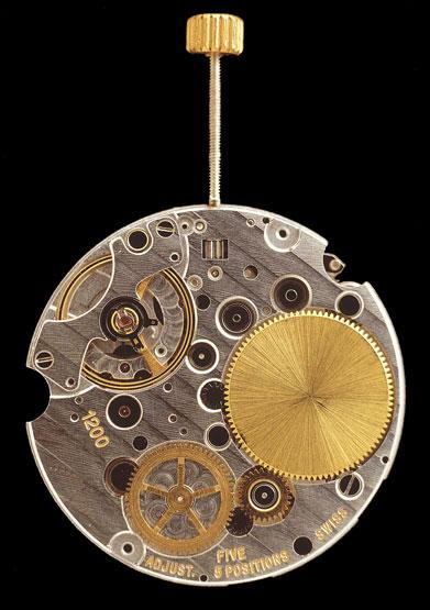 Histoire du calibre L990 de Longines calibre automatique le plus plat du monde - Page 2 Callibre%201200