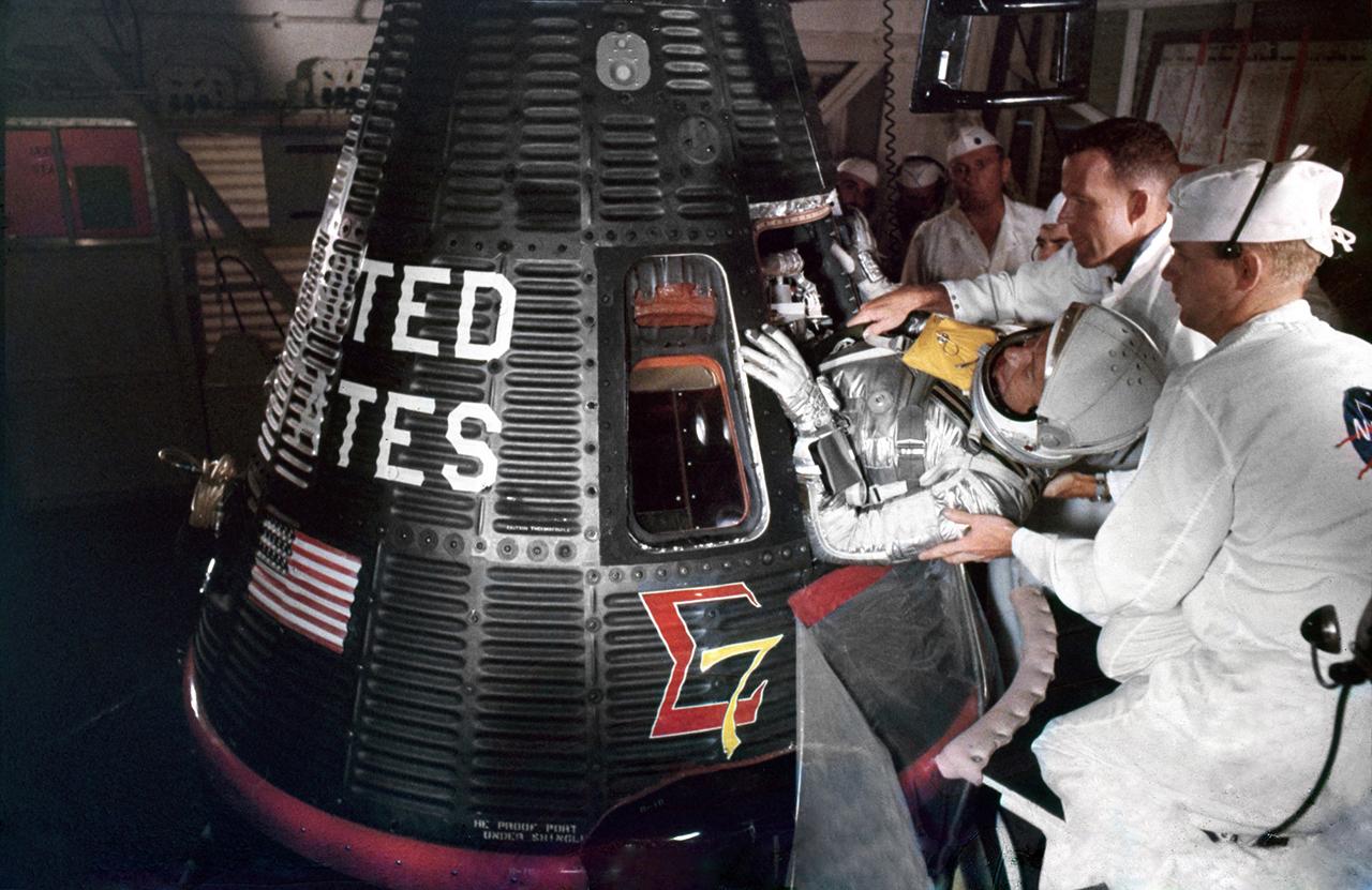 Mercury-Atlas MA-8/Sigma 7 - (03.10.1962) 014-lg