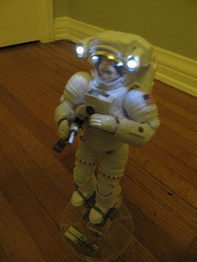 Bandai Hobby ISS Space Suit Extravehicular Mobility Unit 1/10 Exploring Lab Bandai_emu05
