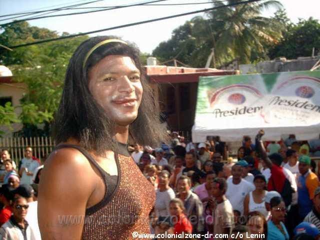 Transexuales: las trabas para cambiar de rol Carnival_Los_Travestis-The_Transvestites-Lenin