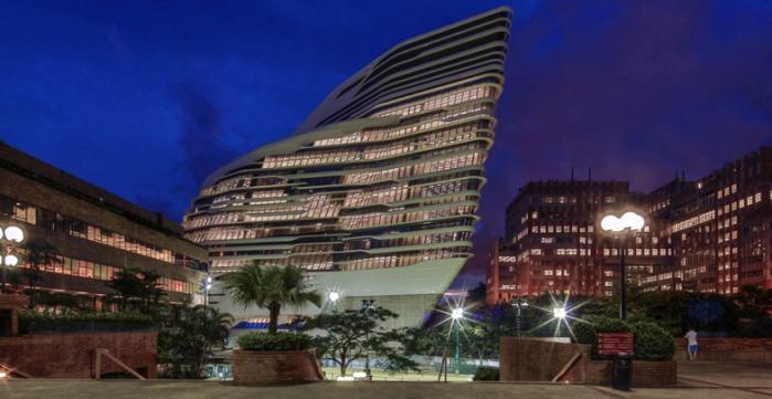 Zaha Hadid vodeći arhitekta sveta i njeni projekti Innovation-Tower-at-Hong-Kong-Polytechnic-University-by-Zaha-Hadid-Architects-s3