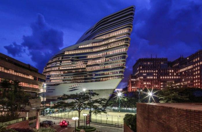 Zaha Hadid vodeći arhitekta sveta i njeni projekti Innovation-Tower-at-Hong-Kong-Polytechnic-University-by-Zaha-Hadid-Architects-s4