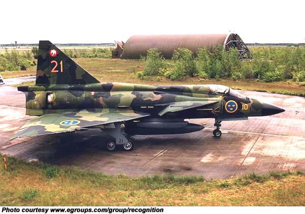 متعددة المهام الجبارة Saab 37 Viggen Fja37_p_01_l