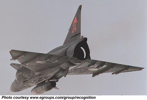 متعددة المهام الجبارة Saab 37 Viggen Fja37_p_05_l