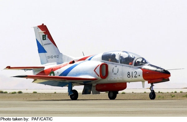 طائرة k8 في المغرب .... Tk8_p_01_l