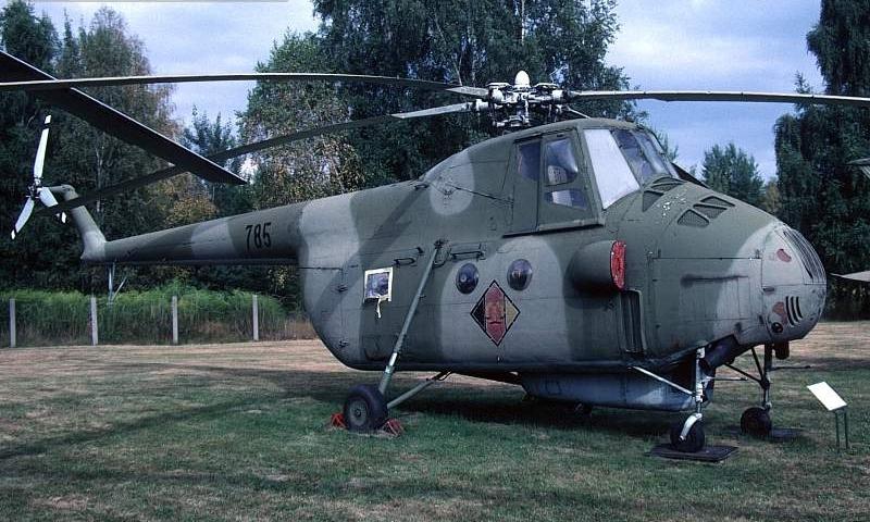 Unión - Mil Mi-4 helicóptero de transporte  ( Unión Soviética ) Mi4a_03