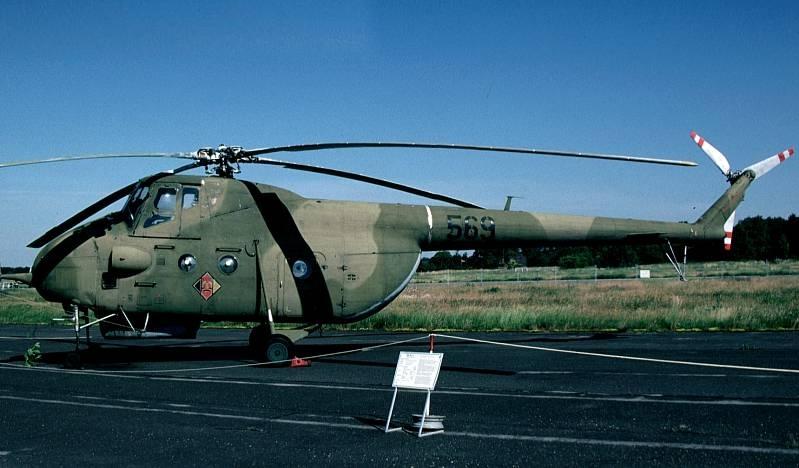 Unión - Mil Mi-4 helicóptero de transporte  ( Unión Soviética ) Mi4a_04