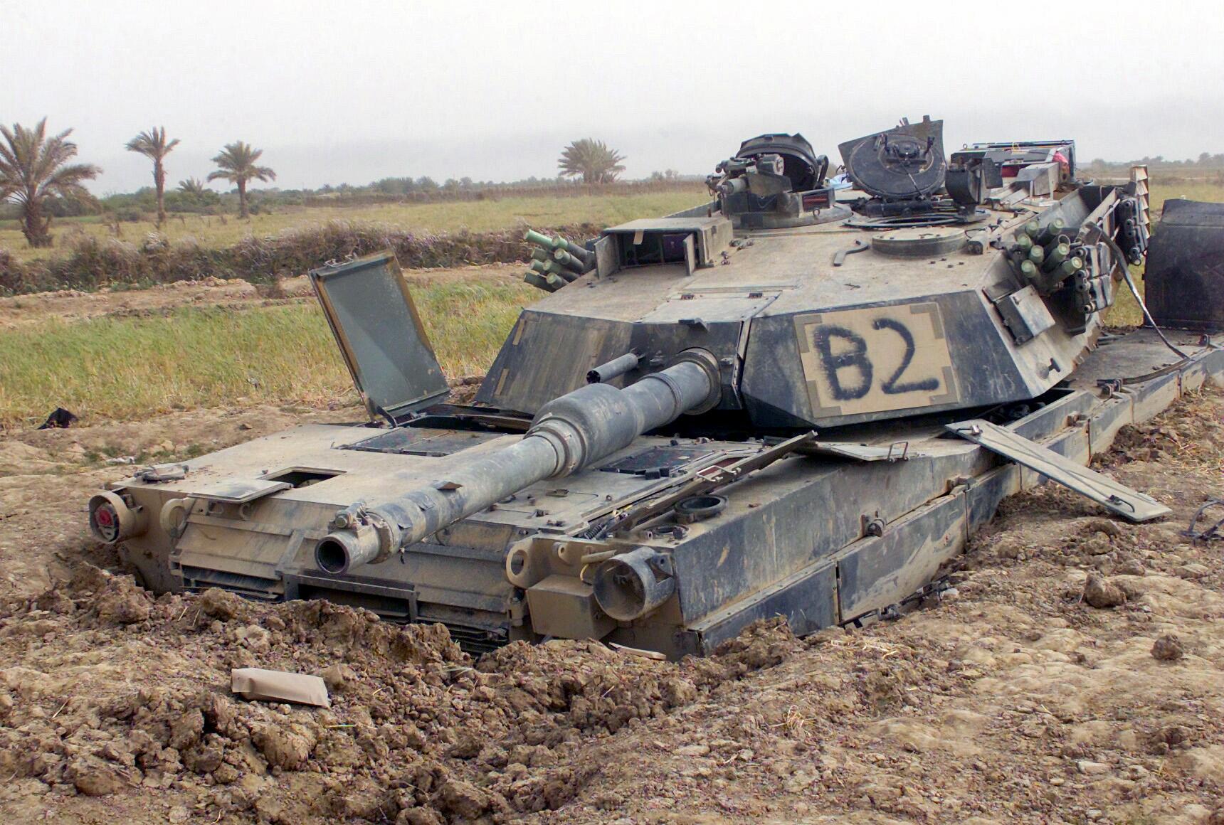 2015 - الجزائر تستلم حزمة ثالثة  من  [ دبابات T-90  ]   - صفحة 3 M1abramsstuck