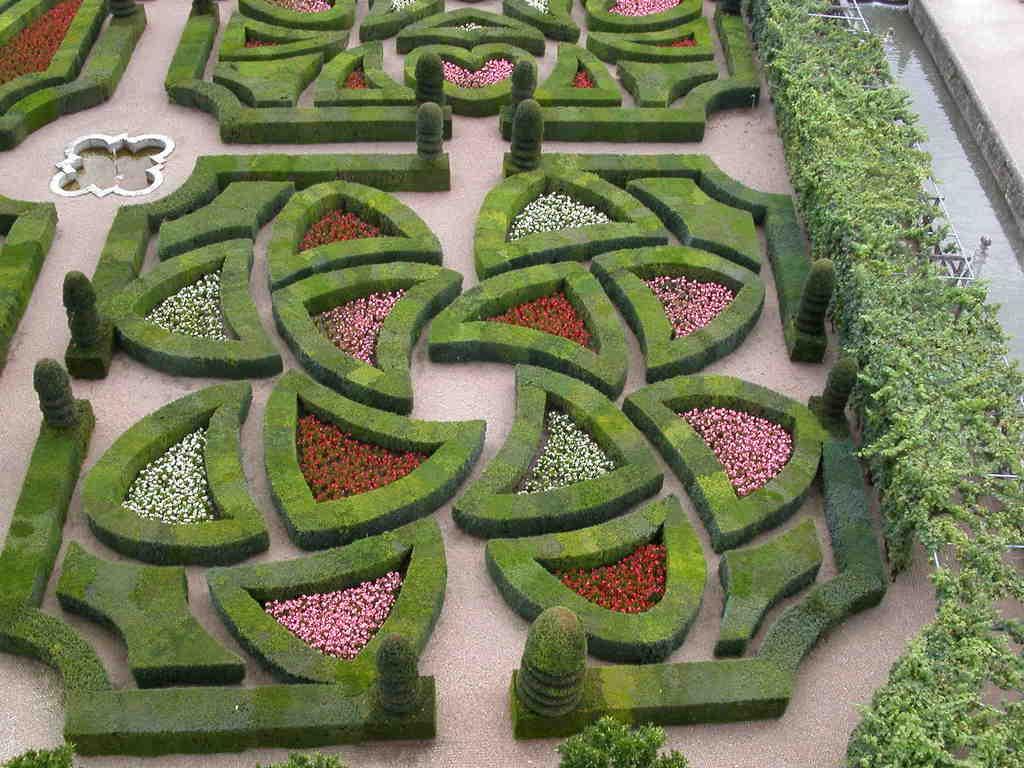 Inspiration, les jardins a la Francaise Villandry_8956_Chateau-de-Villandry-et-ses-jardins-a-la-francaise