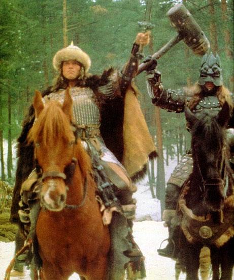 Arnold as the mysterious masked Vanir Raider? ConanA22_03