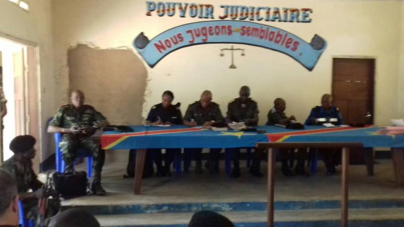 L'EXECUTION DE DEUX AGENTS DE L'ONU PAR LES KASSAIENS - Page 3 Cour-militaire-kananga