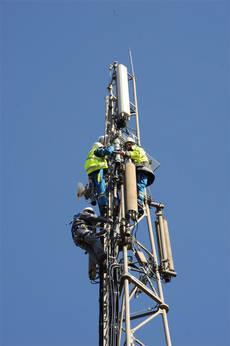 [Free Mobile] Installation d'un relais radiotéléphonique sur le toit de RNRC RTEmagicC_Conjonxion_nos_domaines_Radiotelephonie_Nego_conception_realisation_sites_R_01.jpg