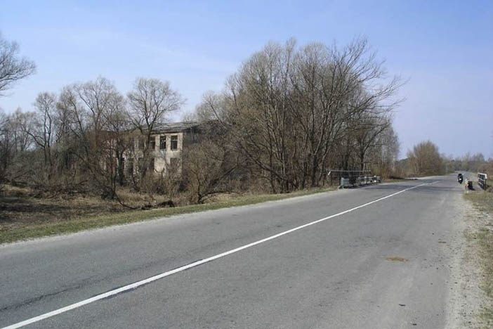 "Dans les parties radioactives de Tchernobyl"" Imag2.4"