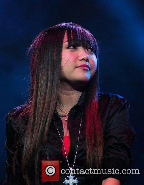 06/03/2013 - Dawn.com - Philippine pop star Charice says she's a lesbian - Page 2 Charice_3135133