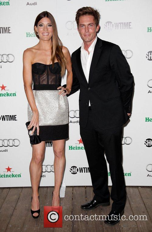 Hot or not... - Page 2 Jennifer-carpenter-desmond-harrington_3518440