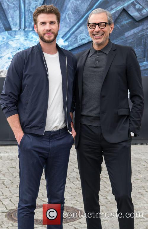¿Cuánto mide Liam Hemsworth? - Altura - Real height Independence-day-wiederkehr-photocall-at_5286626