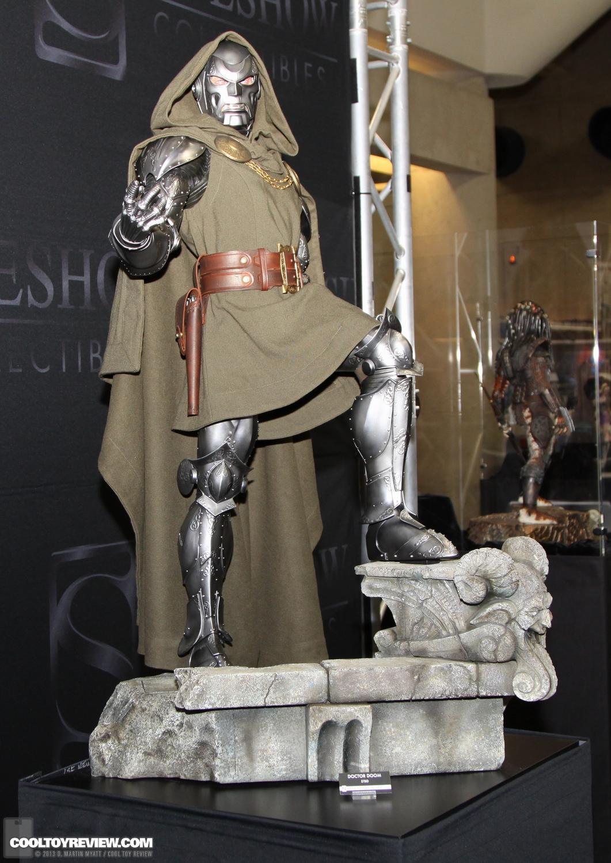 [SideShow] Dr.Doom Legendary Scale Figure - LANÇADO!!! - Página 3 SDCC_2013_Sideshow_Collectibles_Saturday-026