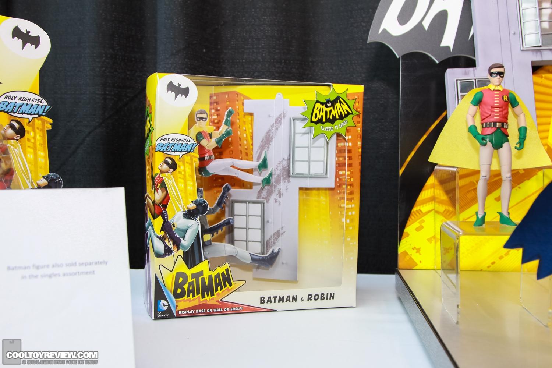 [Mattel] [Tópico Oficial] Batman Classic 1966 TV Figure Box Set - SDCC Exclusive 2013_International_Toy_Fair_Mattel_Batman_Classic_TV_Series-04