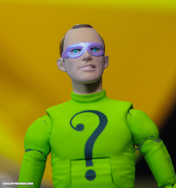 [Mattel] [Tópico Oficial] Batman Classic 1966 TV Figure Box Set - SDCC Exclusive 2013_International_Toy_Fair_Mattel_Batman_Classic_TV_Series-14