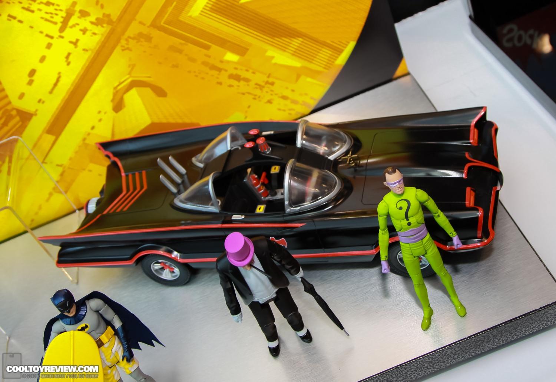[Mattel] [Tópico Oficial] Batman Classic 1966 TV Figure Box Set - SDCC Exclusive 2013_International_Toy_Fair_Mattel_Batman_Classic_TV_Series-15