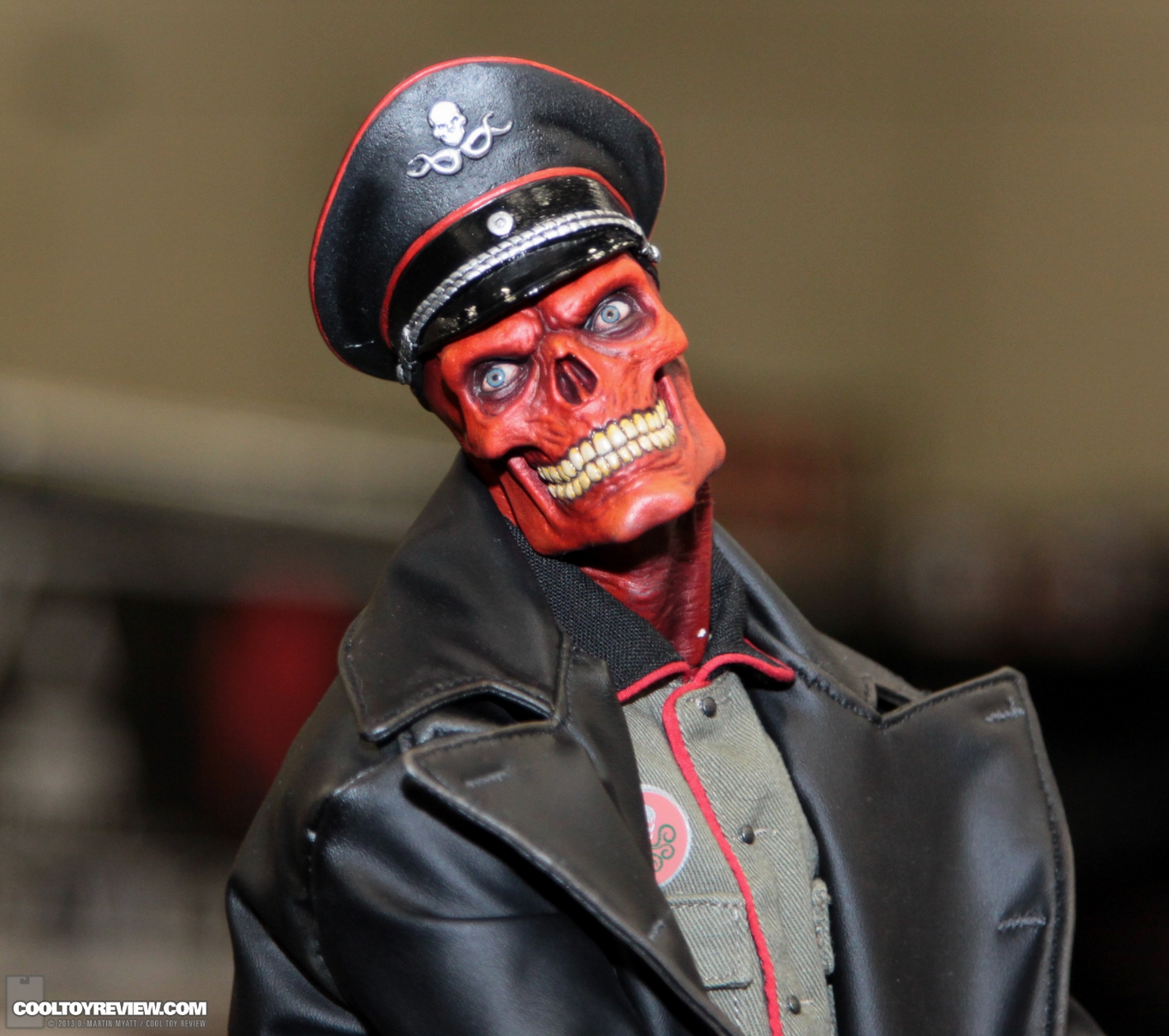 [Sideshow] Red Skull - Allied Charge on Hydra Premium Format - LANÇADO!!! SDCC_2013_Sideshow_Collectibles_Thursday-157
