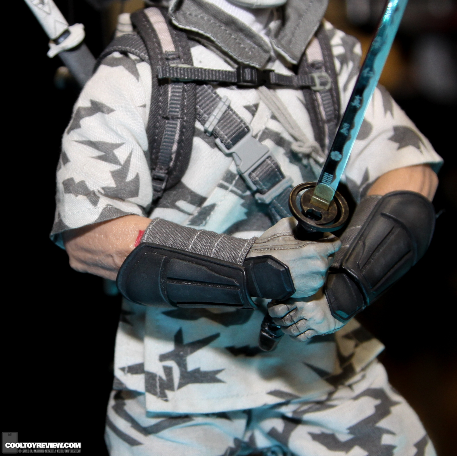 [Sideshow] G.I. Joe: Storm Shadow Sixth Scale Figure SDCC_2013_Sideshow_Collectibles_Wed-013