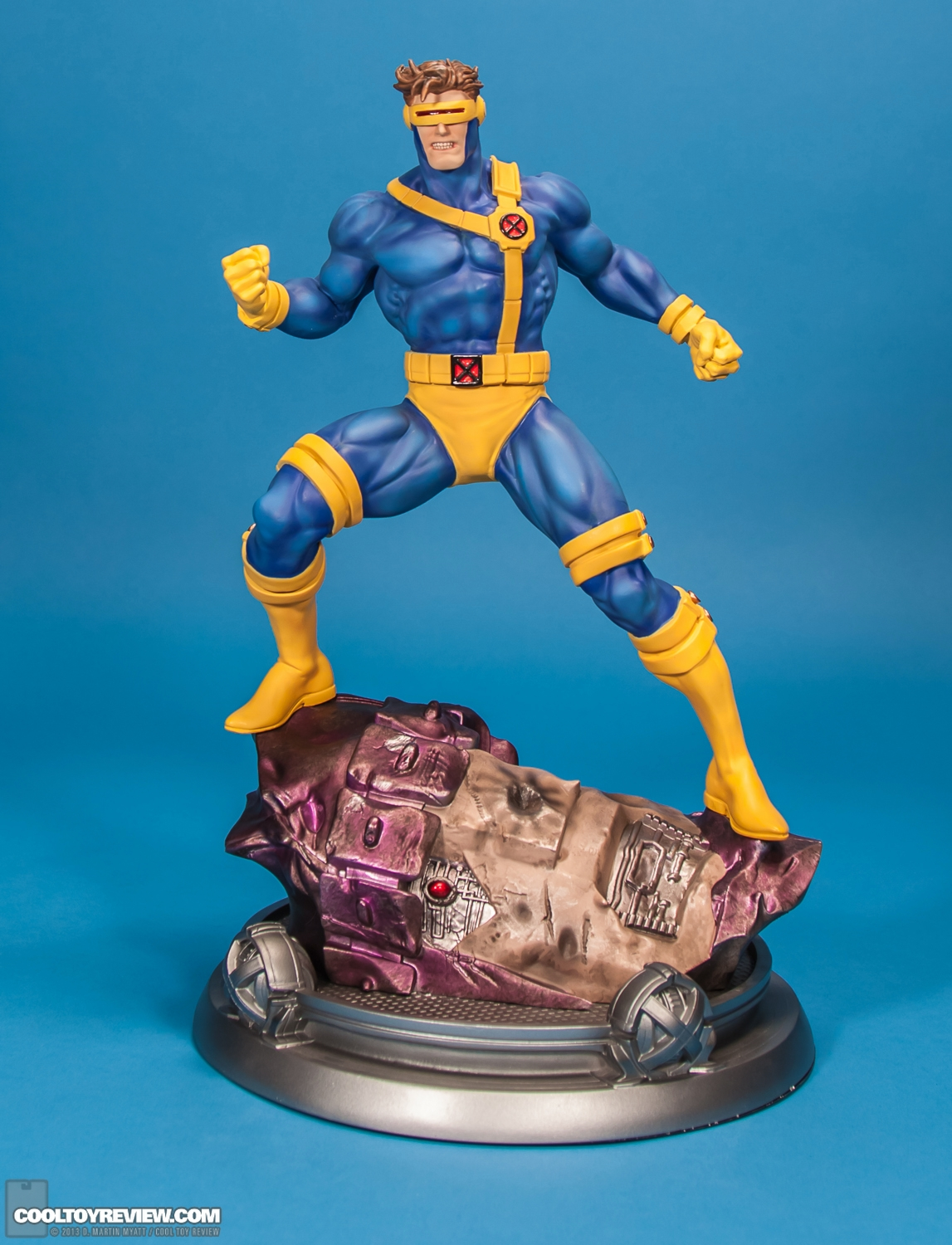 Les travaux de Dark_Spidey Cyclops_X-Men_Fine_Art_Statue_Kotobukiya-01