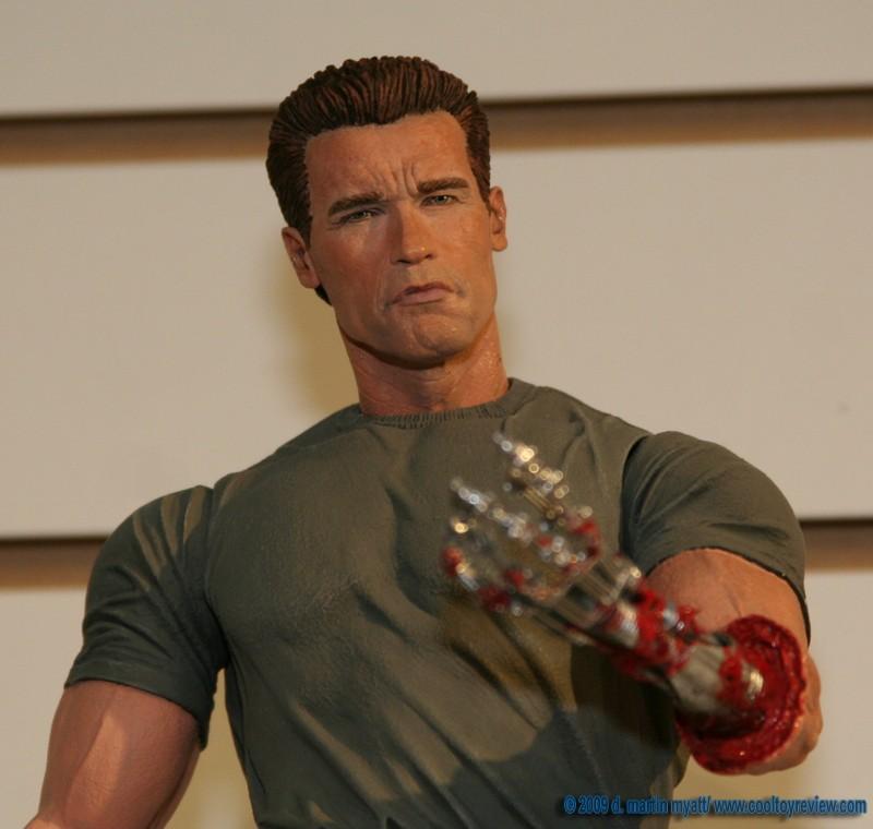 Toy Fair 2009 - Neca: figuras Terminator IMG_3407