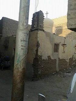 بالصور .. كنيسة العذراء بقرية الجلاء في أيدي المتشددين Coptstoday-1426191814