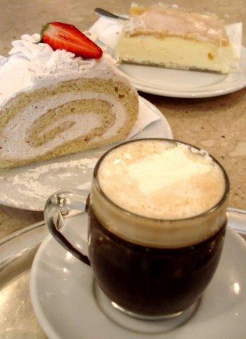 Restoranti 'Klea Love' - Faqe 3 Coffee%20and%20cake%20in%20Salzburg