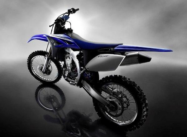T - Stránka 3 Yamaha