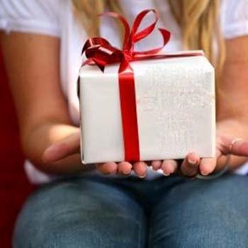 Sta bi ste poklonili osobi iznad vas? Mx350_20090514100236_pokloni-za-djecu