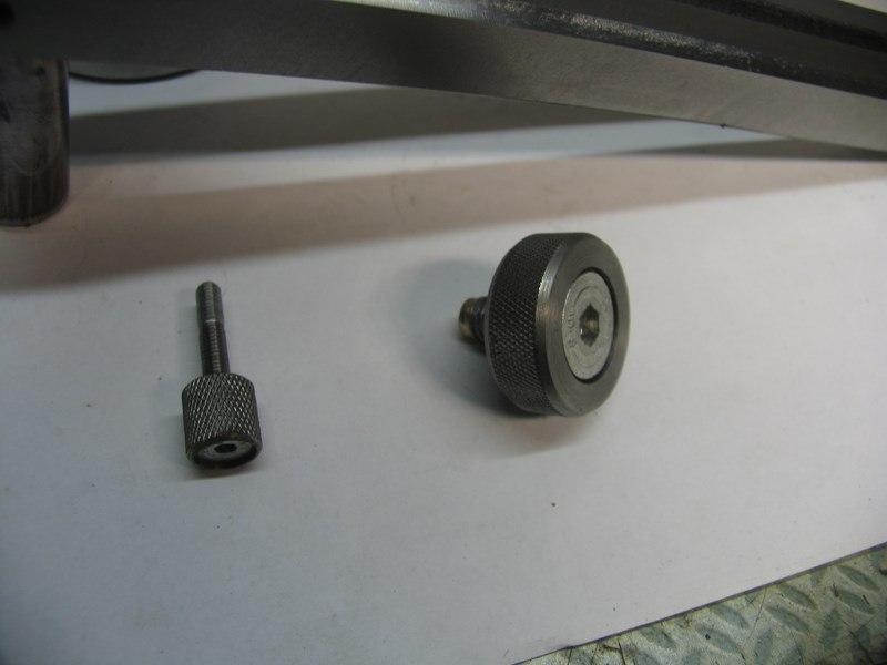 Dispositif ornemental pour tour a bois - Page 4 Sphj122
